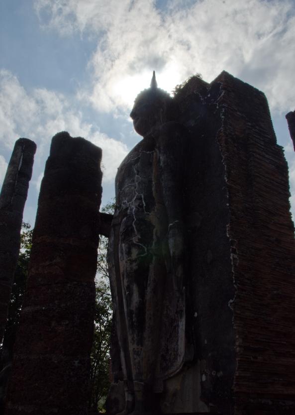 Standing Buddha, Sukothai