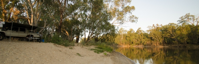 Beach campsite on the Murrumbidgee