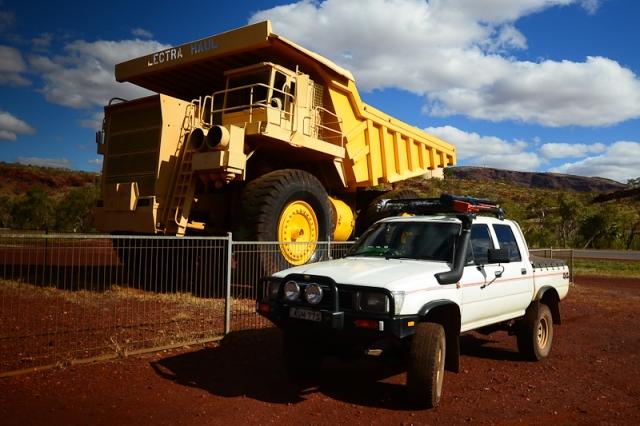 Mine haul truck, Tom Price