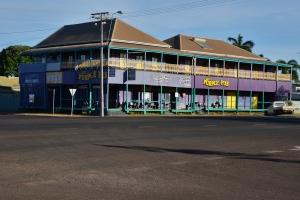 The Purple Pub, Normanton