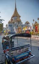 Tuktuk in front of Wat Traimit, home of the Golden Buddha