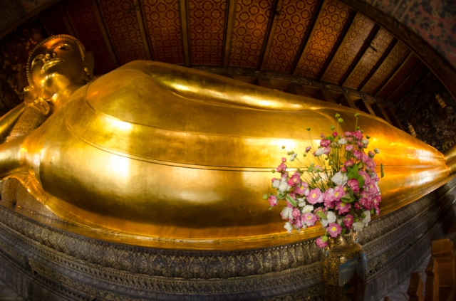 Fisheye view of Reclining Buddha, Wat Pho