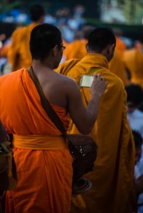 Even monks like selfies