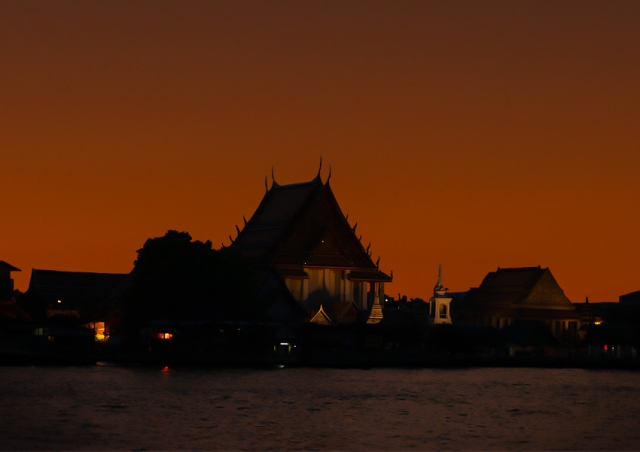 sunset-wat-1