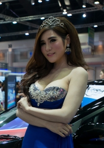 motorshowpretties-2