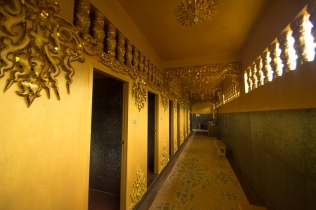 Thailand's most lavish toilets ?